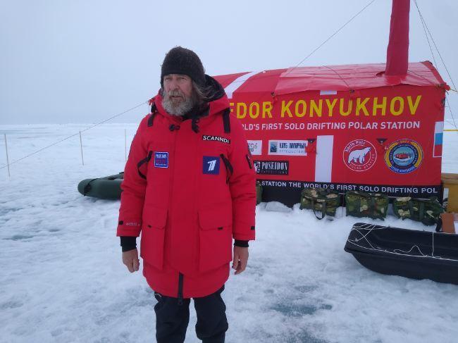 Фёдор Конюхов провёл первую ночёвку на дрейфующей льдине